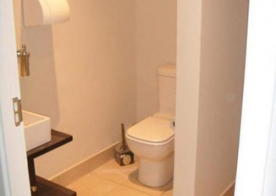 Semi complete visitors bathroom
